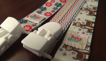 Baby Goose Glow In The Dark Pacifier Strap Unboxing
